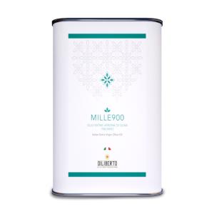 Una lattina di olio Mille900 extra da 5 litri
